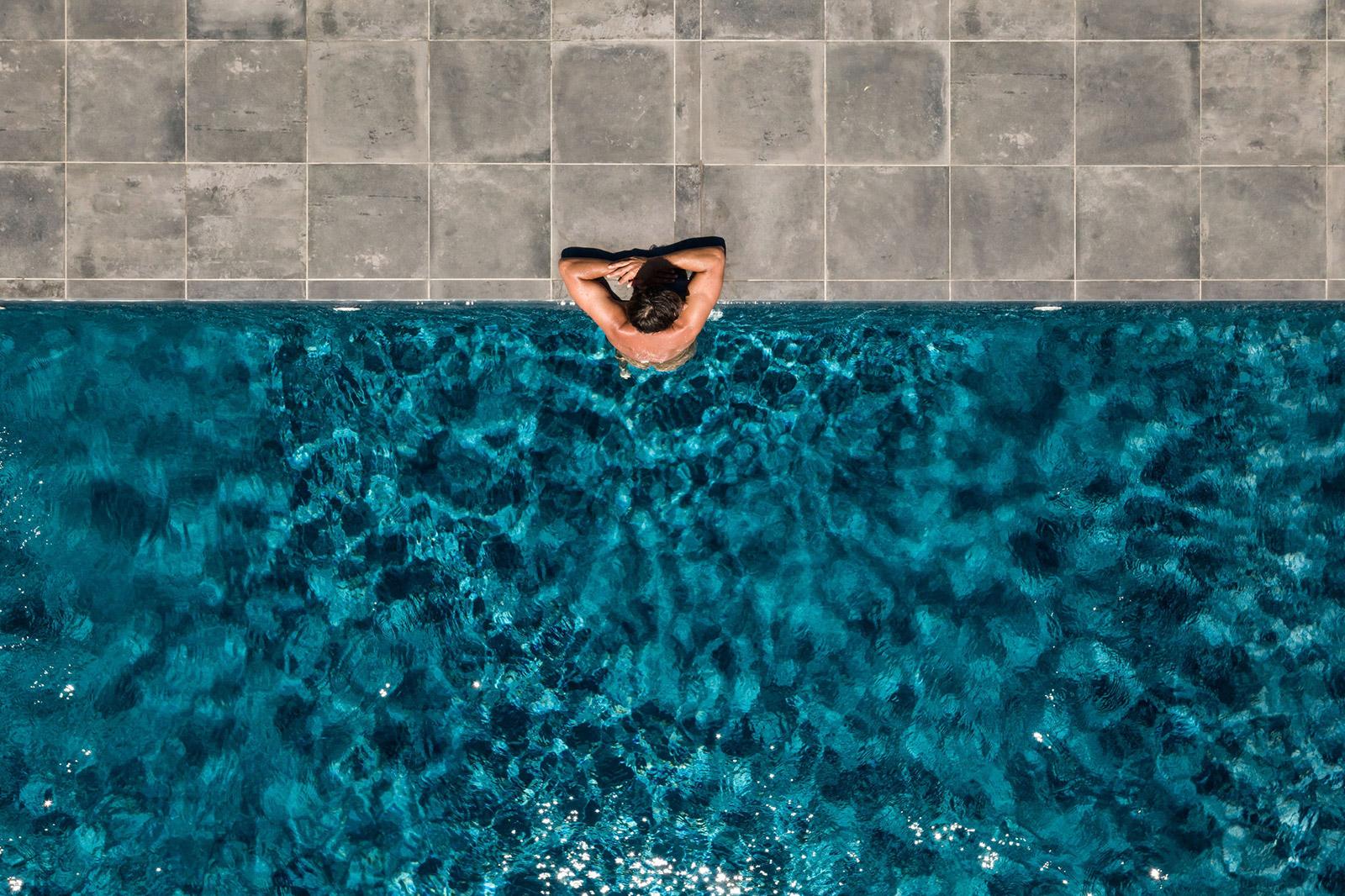 Guy in pool at Lua Nua, Alentejo, Portugal